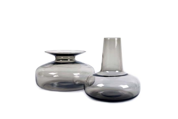 HOST-DUO-CARAFE-VASE-SMOKE GREY-xlboom