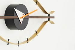 wall-eye-clock-horloge-vitra