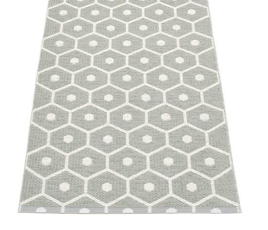 tapis en plastique honey 180 x 260 cm. Black Bedroom Furniture Sets. Home Design Ideas