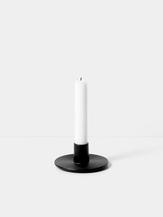 cast iron candle holder-ferm-living-noir