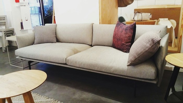 outline-sofa-showroom-coton