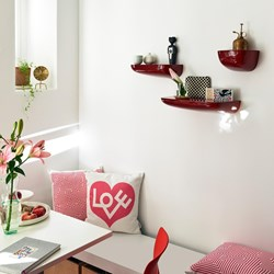 corniches-rouge-vitra.jpg.png