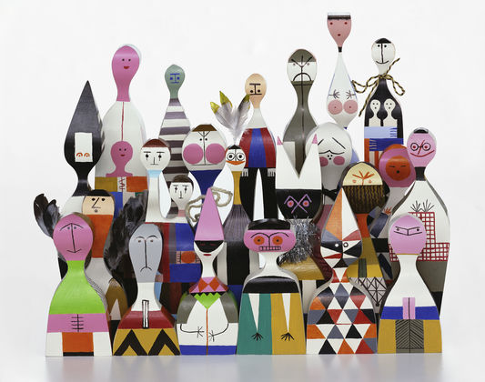 Wooden Dolls Group