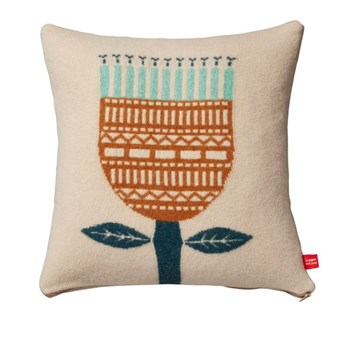 Cushions-Flower-Cushion-Donna-Wilson