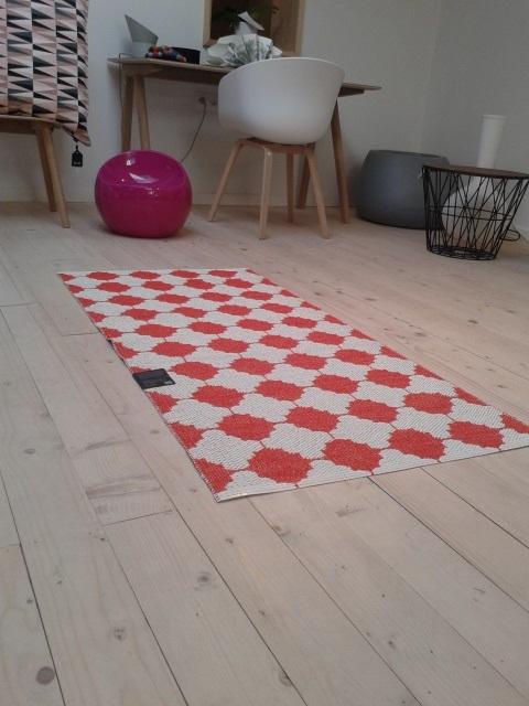 tapis en plastique marre 150 x 70 cm. Black Bedroom Furniture Sets. Home Design Ideas